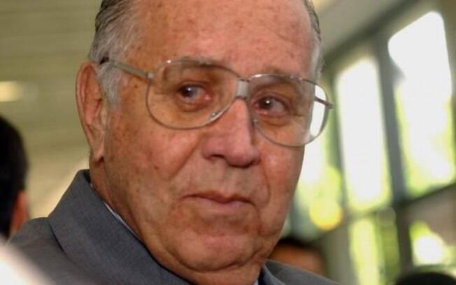 O médico Aloysio Campos da Paz Júnior, fundador da Rede Sarah, morreu hoje