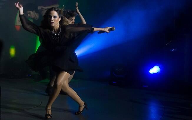 Grávida, Wanessa dança muito no palco