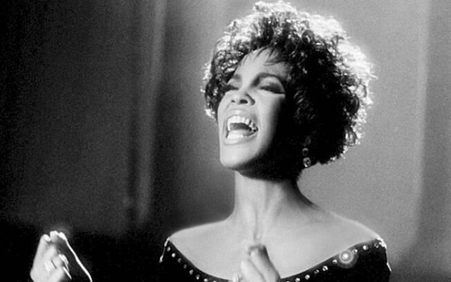 """Whitney Houston ou, simplesmente, """"A Voz"""""""