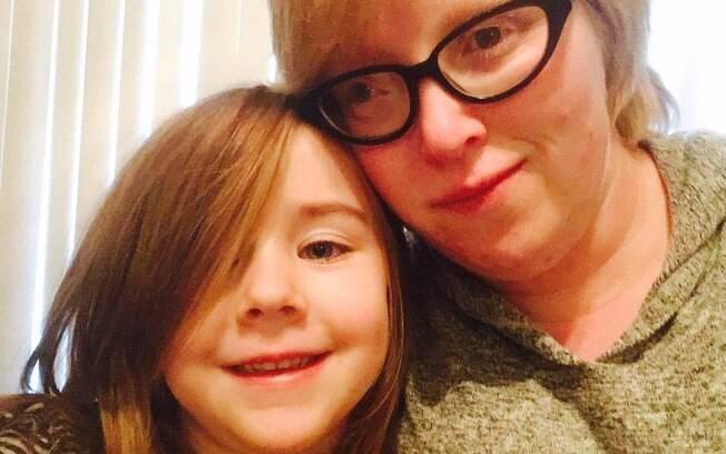 A escritora, que revelou ter depressão, viralizou no ano passado ao fazer um texto para a filha que ia iniciar na escola