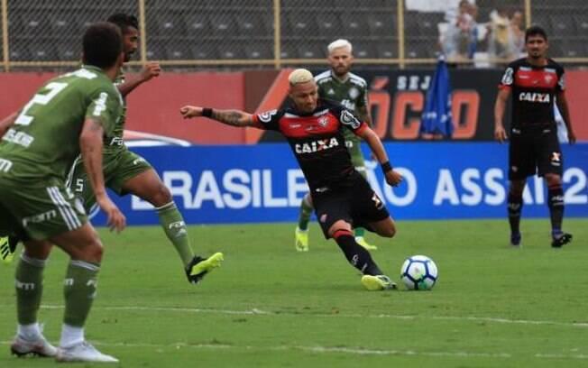 O Vitória até tentou, mas não conseguiu marcar gols no Palmeiras