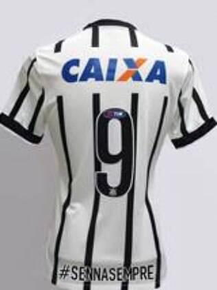 Camisa do Corinthians homenageia Senna