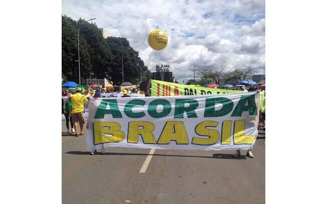 Movimento #TôNaRua acompanha os protestos em Brasília
