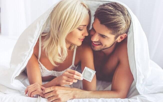 Apesar de não ser o único método que protege contra DSTs, a camisinha ainda deve ser a principal escolha contraceptiva