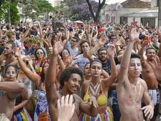 Cidades - Belo Horizonte -  Minas Gerais Carnaval 2015 na cidade de Belo Horizonte  no bairro Floresta Na foto: Bloco Juventude Bonzeada  Foto: Uarlen Valerio / O Tempo -   17.02.2015 super1