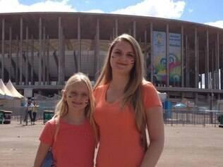 Samantha e Bianca torcerão pelo Brasil, neste sábado, e pela Alemanha, na final contra Argentina