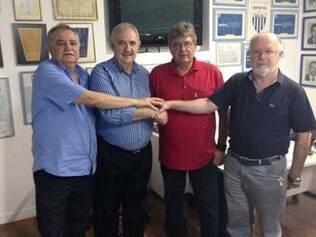 Geninho renovou contrato com o Avaí até dezembro do ano que vem