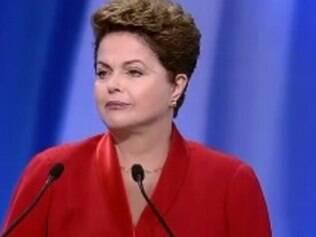 Dilma não sorriu em debate.