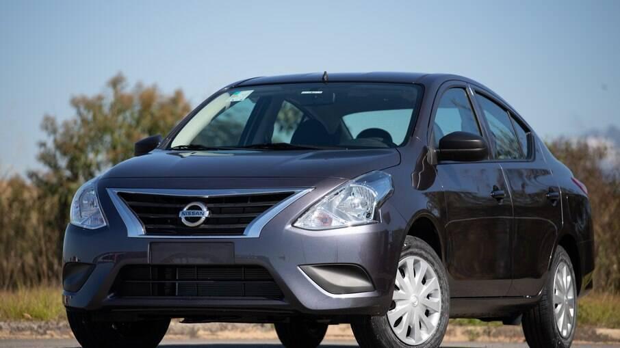 Nissan V-Drive era um dos sedãs compactos mais baratos do Brasil