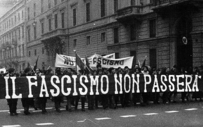 'O que é fascismo?' liderou entre termos mais pesquisados da categoria de definições