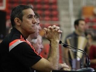 Técnico do Flamengo, José Neto enfatizou a importância dos jogadores contratados recentemente pela equipe