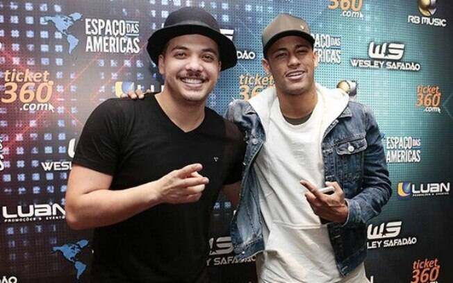 Wesley Safadão será uma das atrações das festa de Neymar no Réveillon