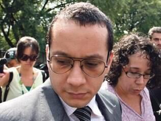 Rugai vai se entregar caso mandado de prisão não seja suspenso, diz defesa