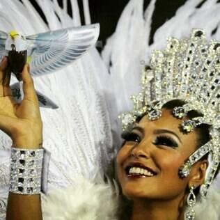 Sheron Menezzes, rainha de bateria da Portela