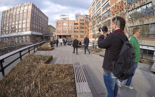 O High Line é um parque de Nova York para andar e descansar ao ar livre