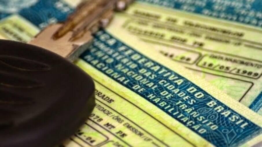 Burocracia impede que proprietários de veículos PCD tenham documento para circular