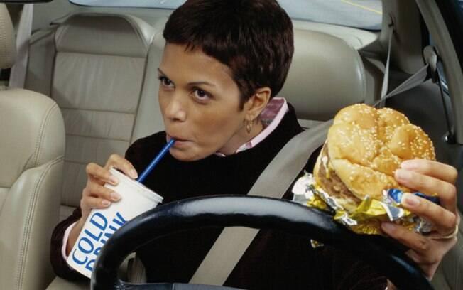 Manter o carro livre de sujeira é importante para reduzir o risco de levar o coronavírus a bordo