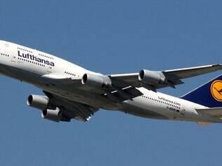 Maior companhia aérea da Alemanha, a Lufthansa cancelou 1.511 voos, afetando cerca de 166 mil passageiros em vários países