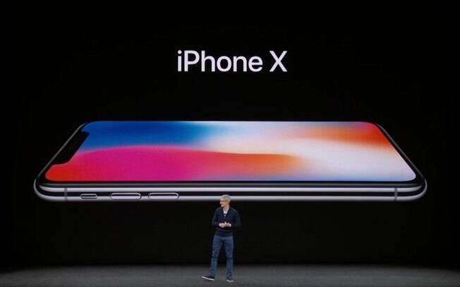 iPhone X chegará às lojas a partir do dia 22 de setembro; Brasil levará mais algumas semanas para receber o celular