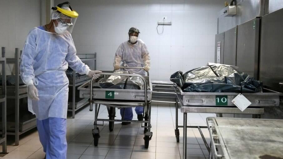 Brasil teria subnotificação de mortes de cerca de 38%