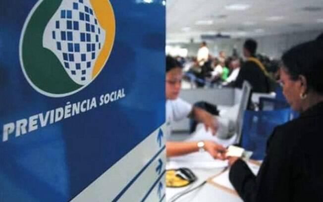 Decreto publicado no Diário Oficial da União autoriza retirada de R$ 600 bilhões da Previdência Social