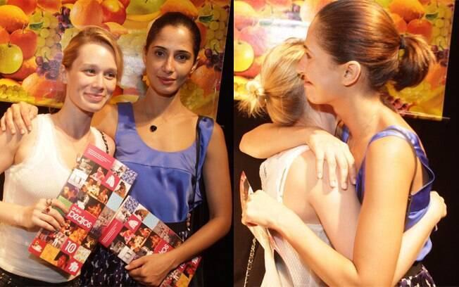 Camila Pitanga e Mariana Ximenes prestigiaram o espetáculo
