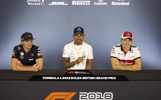 Lewis Hamilton define jovens pilotos como concorrentes na fórmula 1 em 2019
