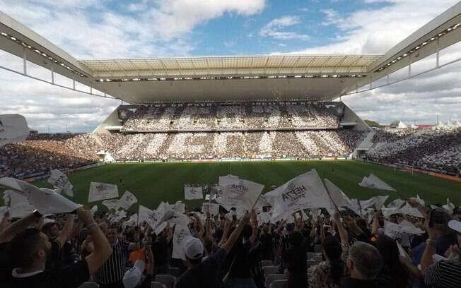 Corinthians tem casa cheia no jogo da taça