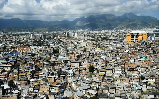 Complexo do Alemão, no Rio de Janeiro, teve manhã de terror