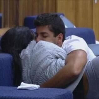 Diego Pombo e Shayene Cesário pareciam que formariam um casal, mas terminaram em barraco