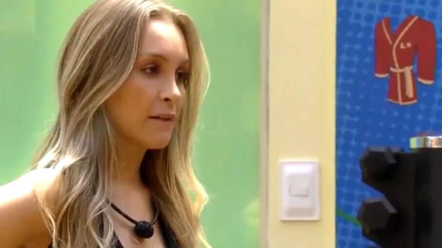 Carla Diaz contou para Camilla e João o que ouviu de Projota