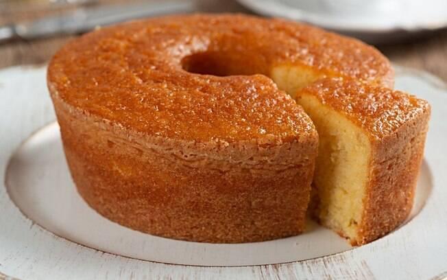 5 receitas de bolos de fubá para uma tarde deliciosa