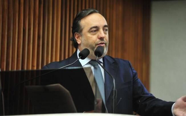 Projeto de Delegado Francishini (PSL) apresentado na Assembleia Legislativa do Paraná prevê medidas contra invasão em aplicativos de mensagem com a Lei Sergio Moro