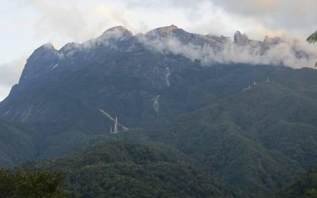 Monte Kinabalu é o maior do Sudeste Asiático