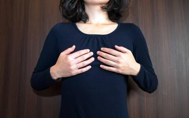 Risco aumentado de morrer de câncer de mama é compensado por um menor risco de morrer por outras causas