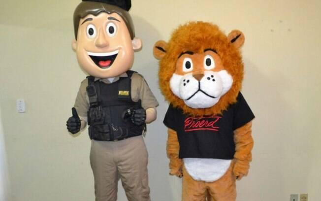 PM Amigo Legal e Leão Daren: os mascotes do Proerd