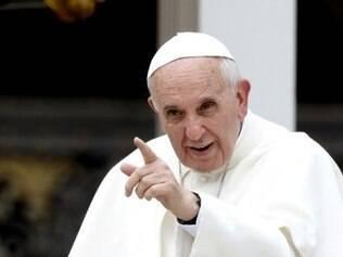 Francisco é o 1º papa a visitar uma igreja evangélica pentecostal