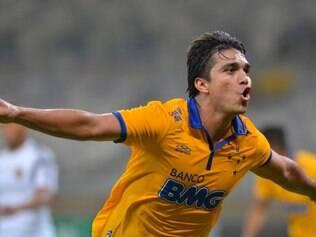 Marcelo Moreno se tornou atual artilheiro do campeonato, com quatro gols