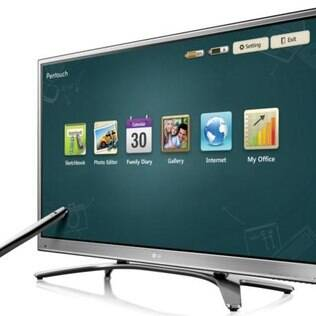 LG Pentouch tem tela de plasma sensível ao toque que permite interação com caneta