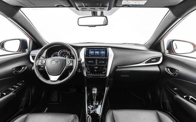 Toyota Yaris: nova central multimídia funciona melhor que no Corolla, que vai recebê-la, em breve
