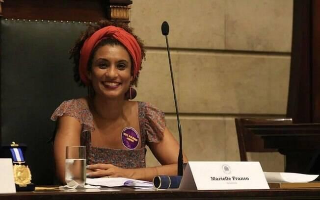Vereadora  Marielle Franco, PSOL, é morta a tiros no Rio de Janeiro