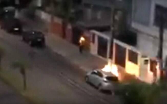Morador de rua sofreu queimaduras de segundo grau após agressão em Santos (SP); polícia investiga caso