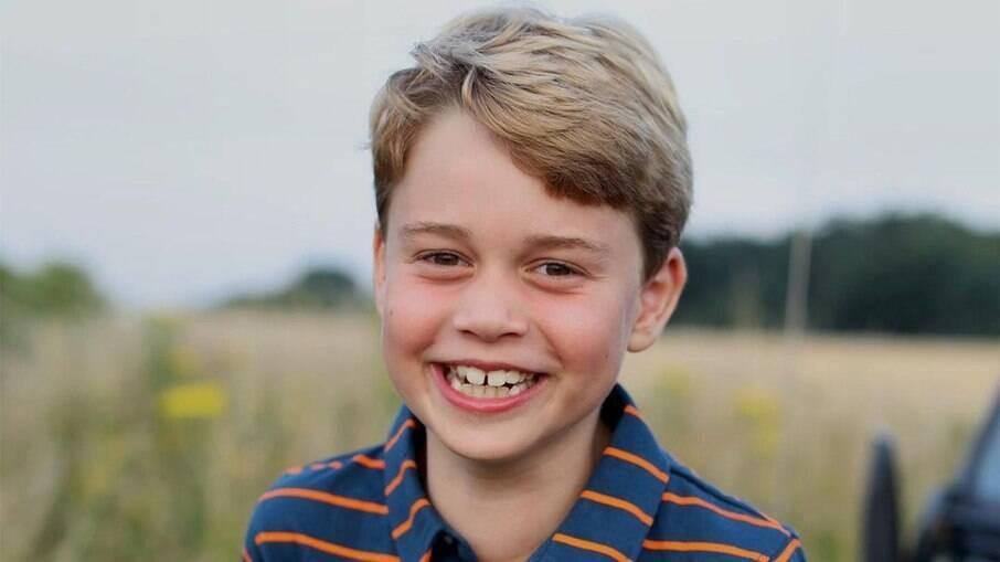 Príncipe George completa 8 anos