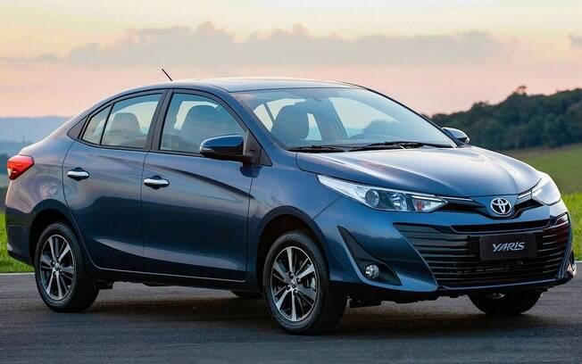 Toyota Yaris: linhas modernas, bem equipado e conjunto mecânico elogiável entre as principais qualidades