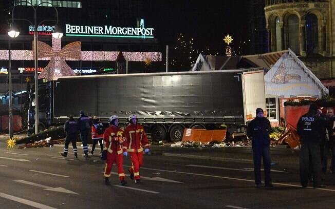 No Twitter, a polícia de Berlim informou que o balanço é de 12 mortos e 48 pessoas feridas em hospitais