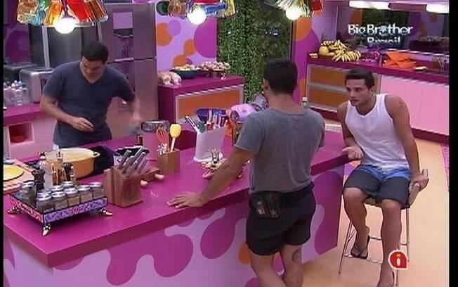 Brothers traçam estratégia contra João Maurício