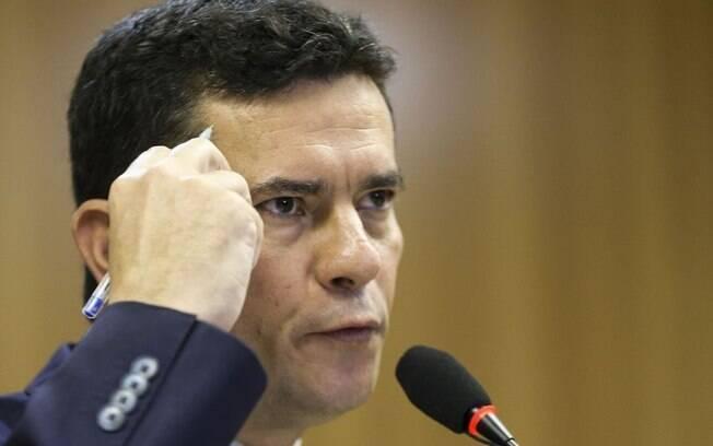 Moro afirma que repasses serão investigados a pedido de Bolsonaro
