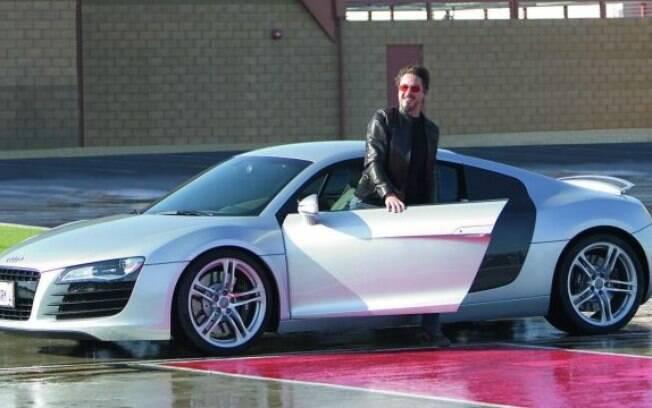Audi R8 da primeira geração com o ator Robert Downey Jr, em