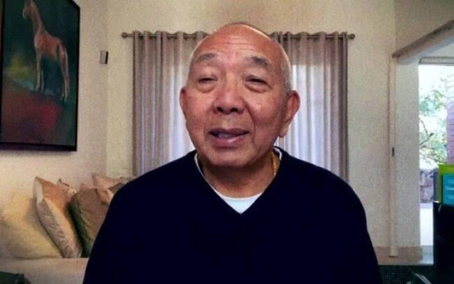 """Tadashi Kadomoto, conhecido como """"guru da meditação na pandemia"""""""