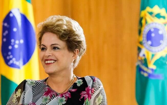 Para Dilma, Petrobras 'já limpou o que tinha que limpar' (1/04)